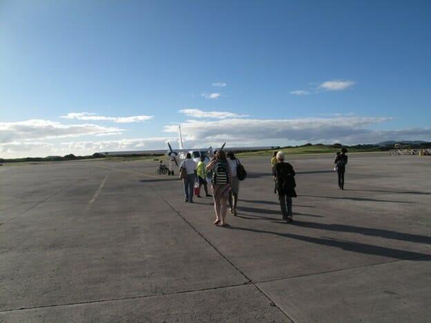 Small Plane from Antigua to Barbuda